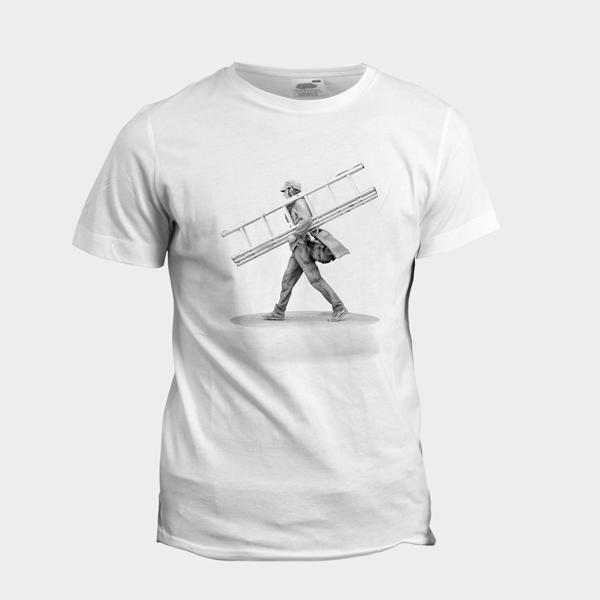 t-shirt-statuette