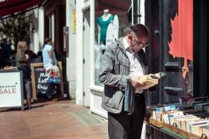 Synopsis - Brighton Folk series